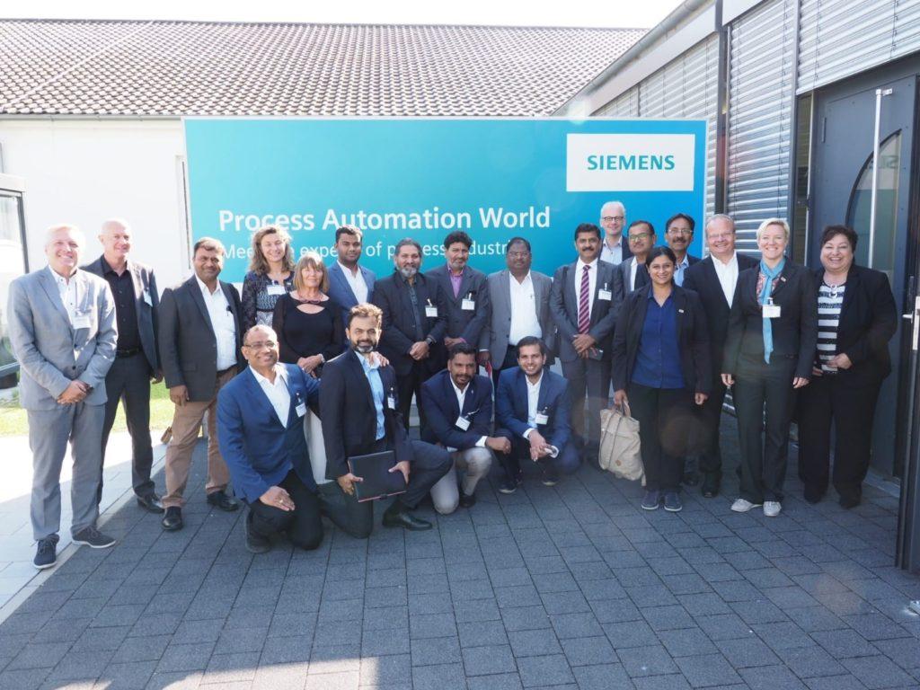 indische-delegation-siemens-1024x768[1]